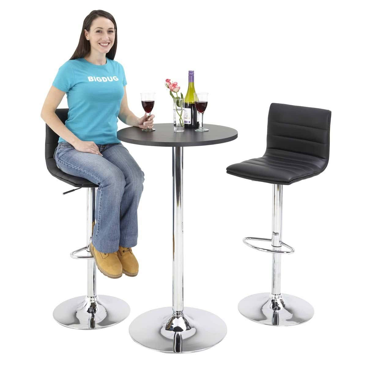 Beautiful Bar Stool Table Set