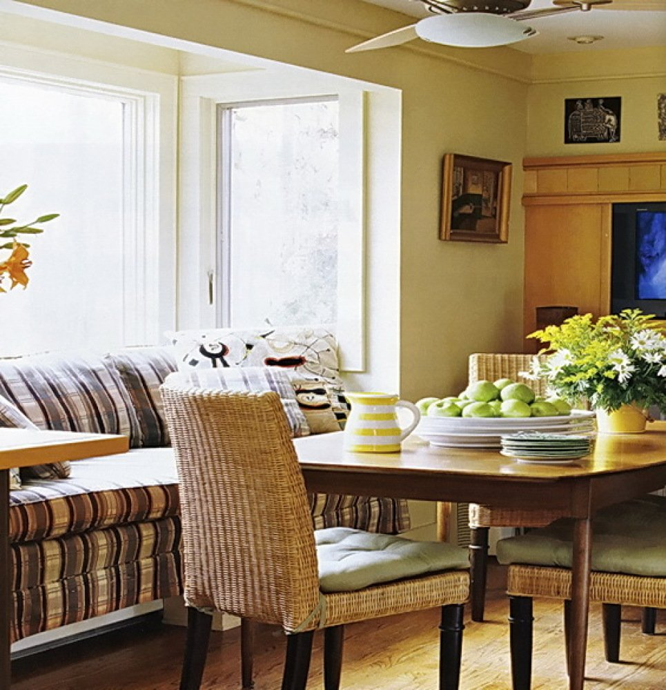 Comfortable Breakfast Nooks