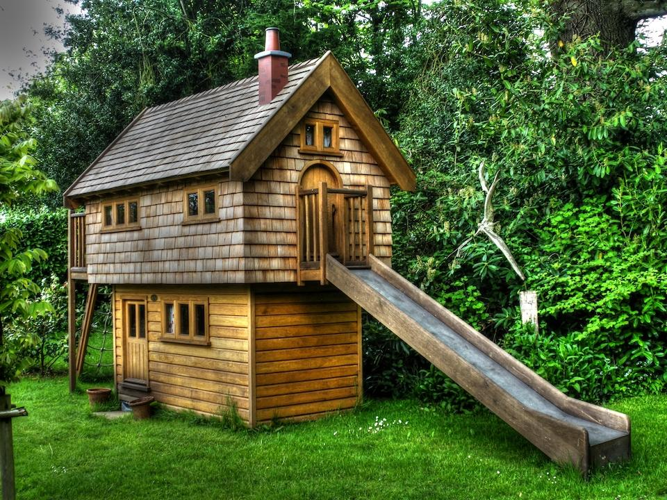 Kids Wooden Playhouse With Shingle Roof