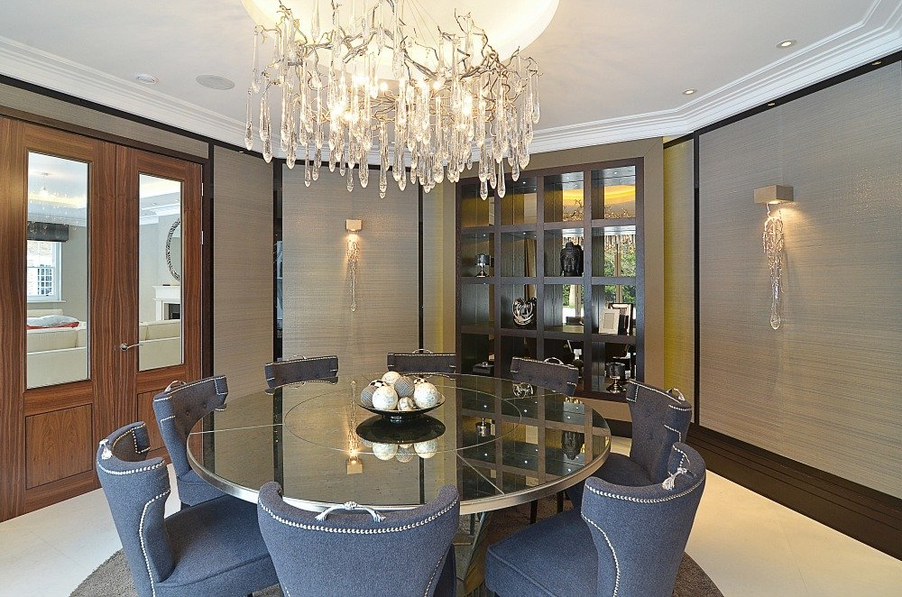 Blue Chair Luxury Mirrored Dining Table