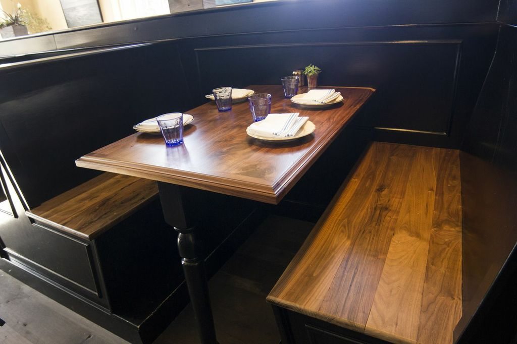 Restaurant Table Tops Design