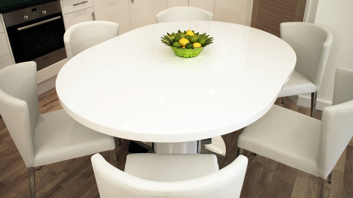 Round Extendable Dining Table Seats 6