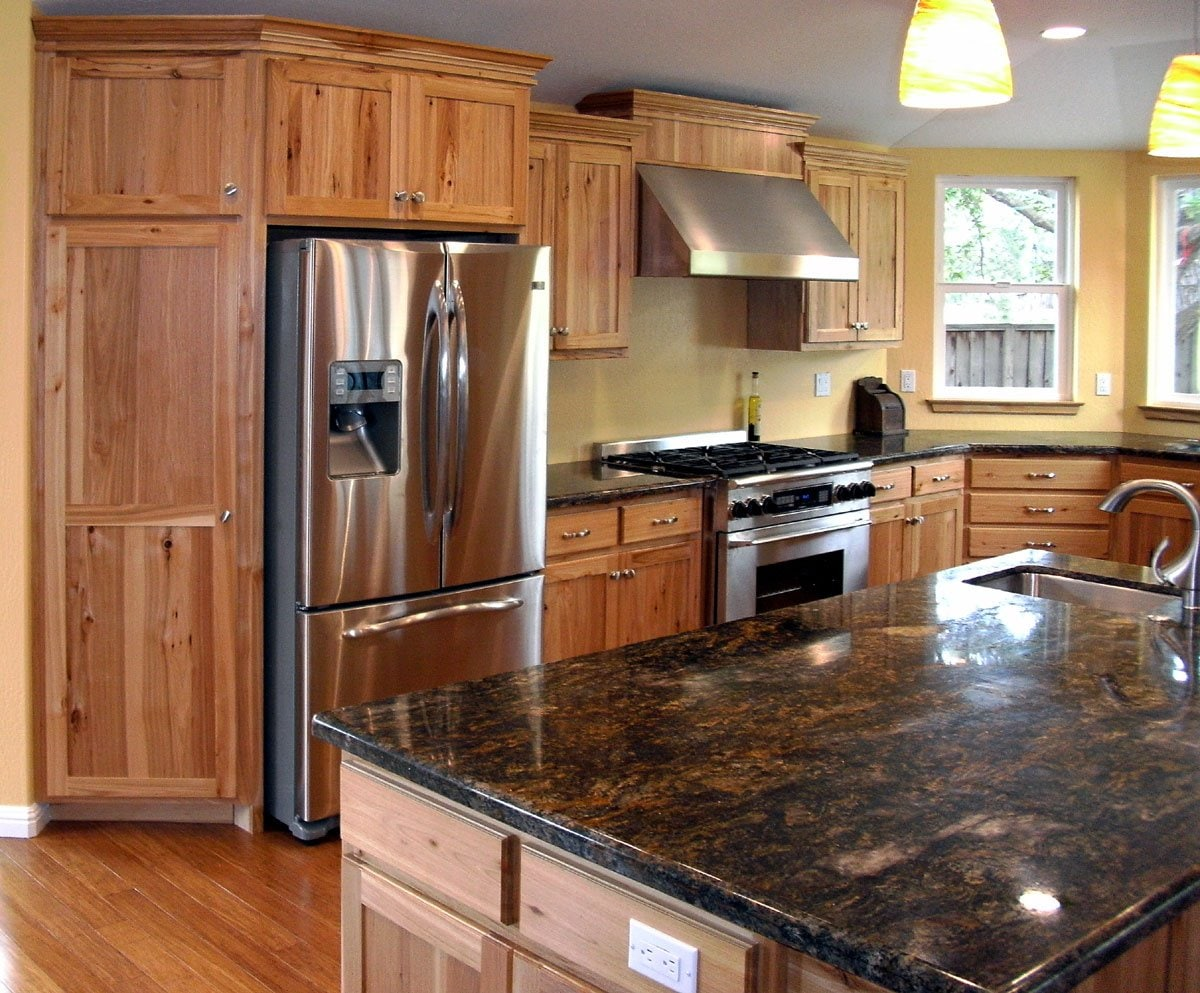 Unpolished Rustic Maple Kitchen Cabinets