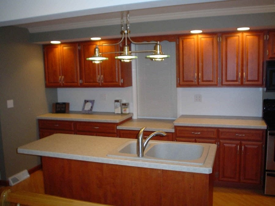 Simple Kitchen Cabinet Refacing