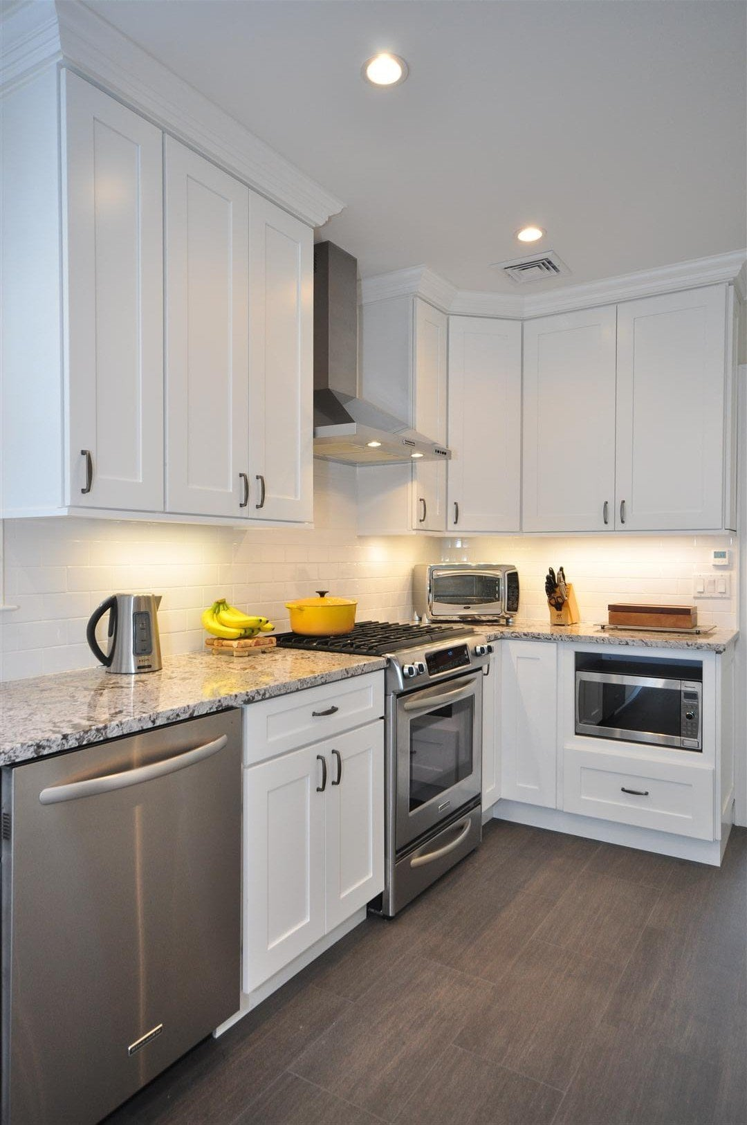 Small Shaker Kitchen Cabinets