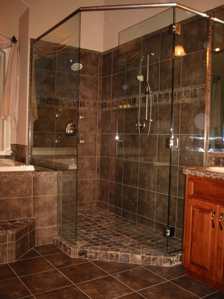 Tiled Showers Without Doors