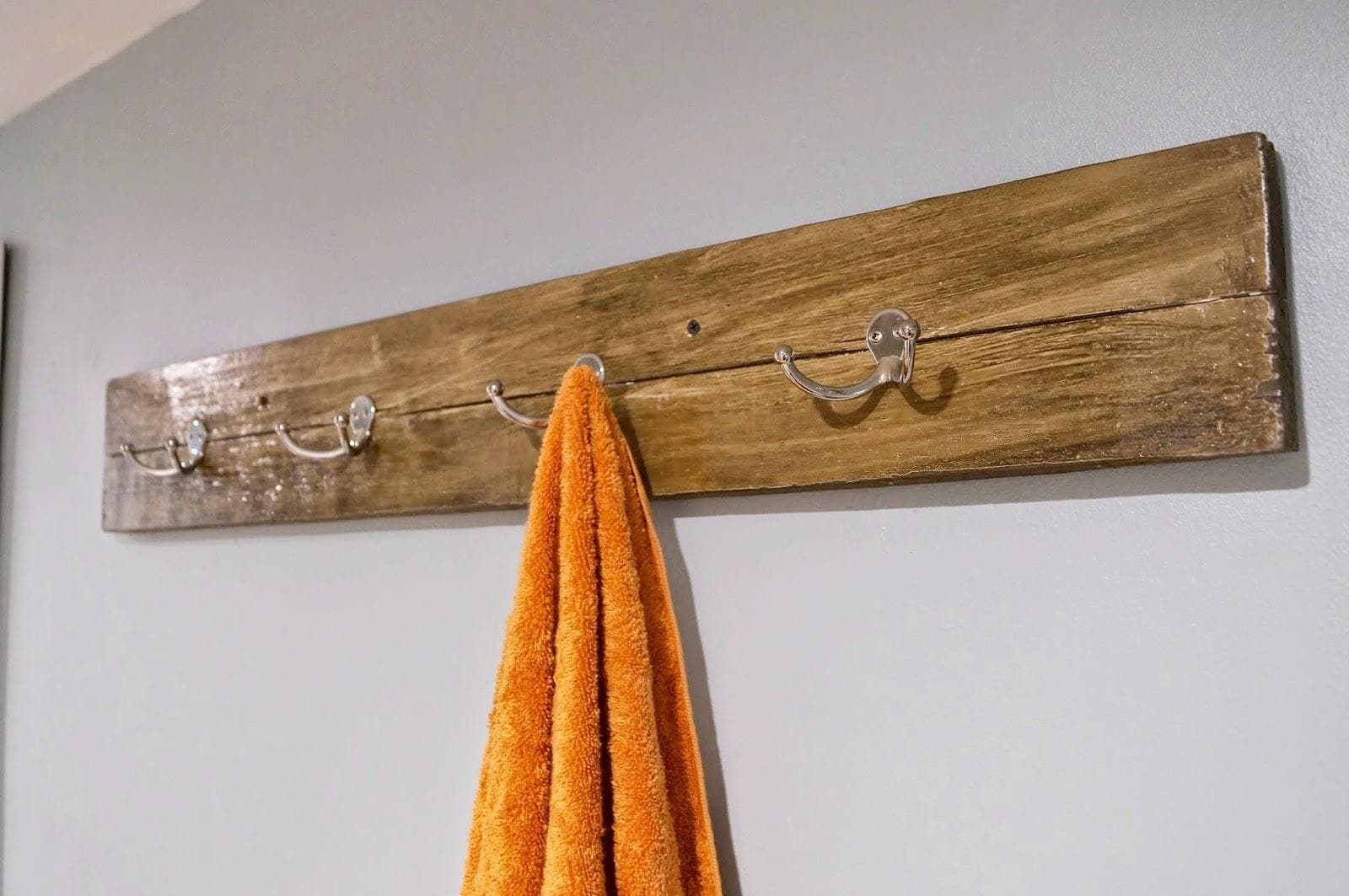 Wooden Towel Rack Set