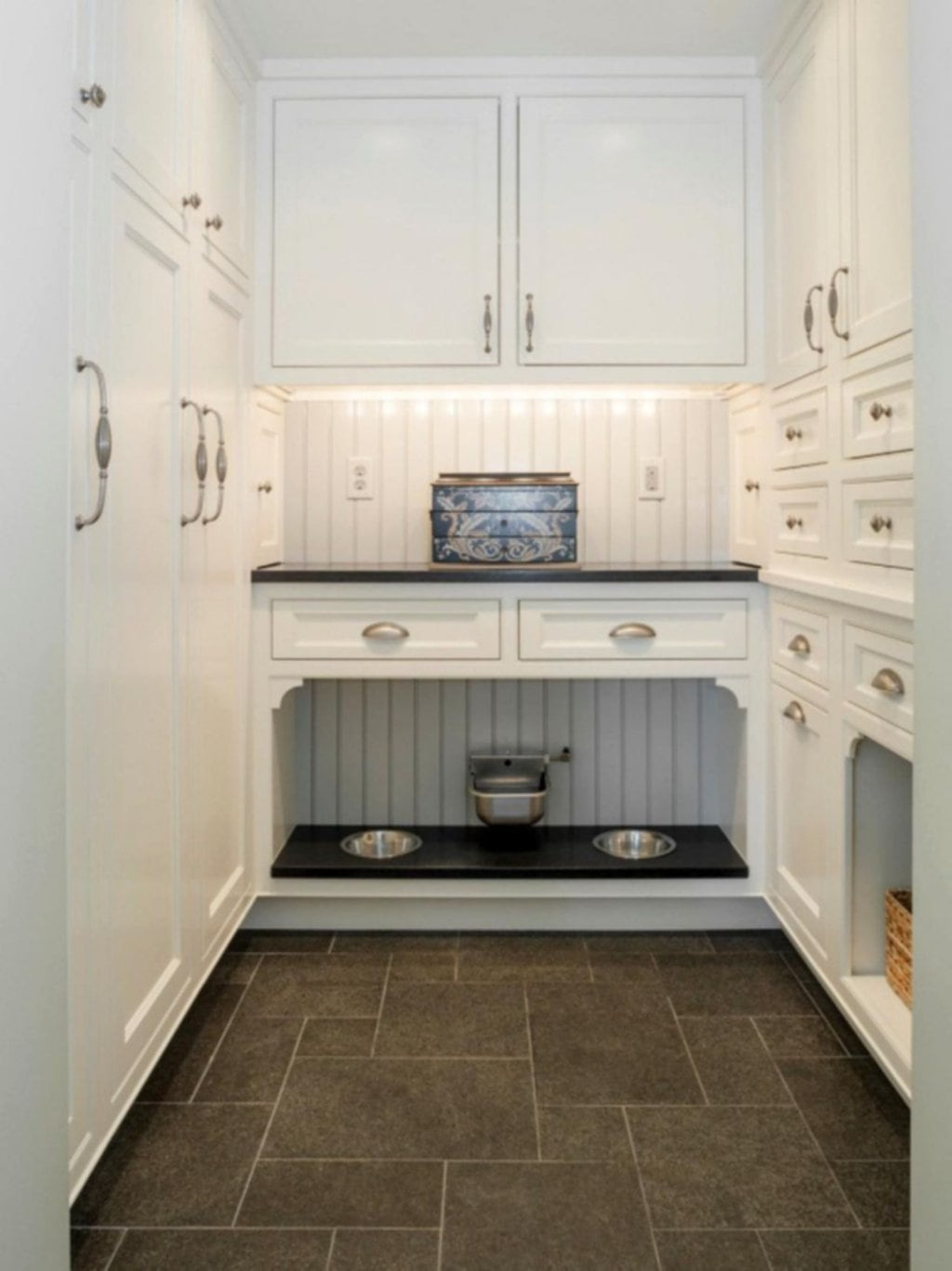 15 Beautiful French Country Kitchen Cabinet White Tips To Choose The Good Small Kitchen Colors
