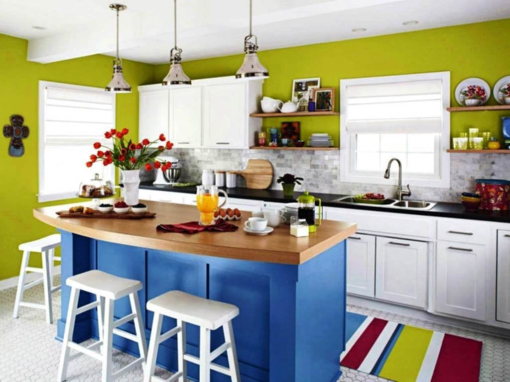 Small Kitchen Colors Ideas