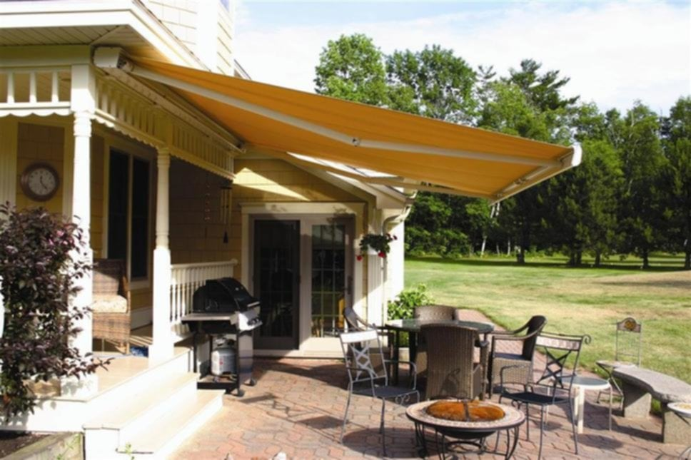 Elegant Retractable Awnings