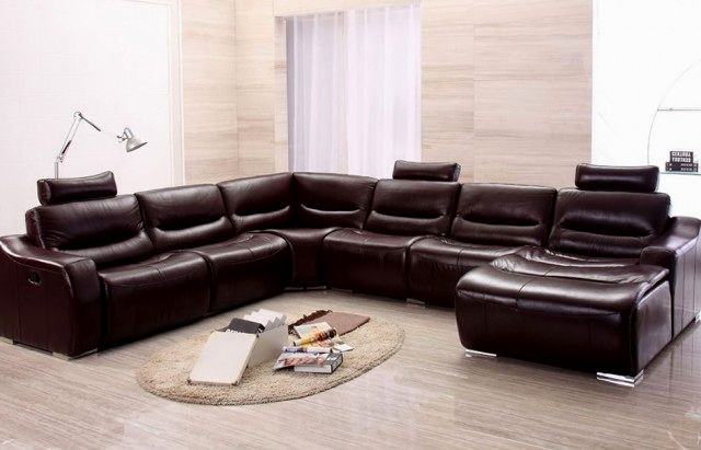 U-Shaped Sectional Sofa With Reclin