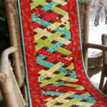 Stunning Christmas Table Runners Quilt
