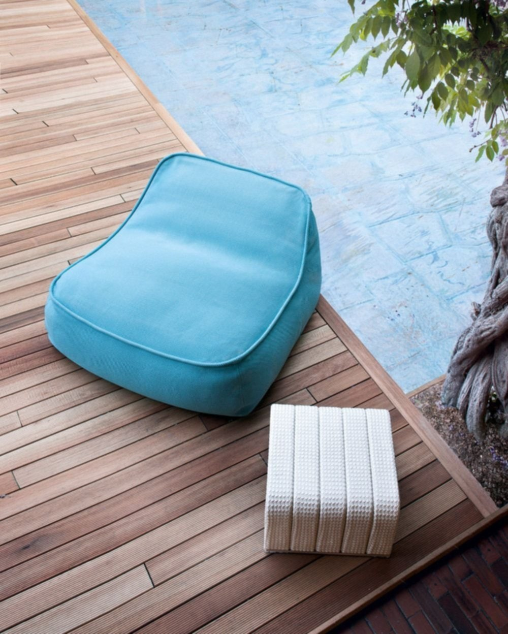 Love Paola Lenti Outdoor Beds Chairs 39 Tips Design Outdoor Pouf Ottoman