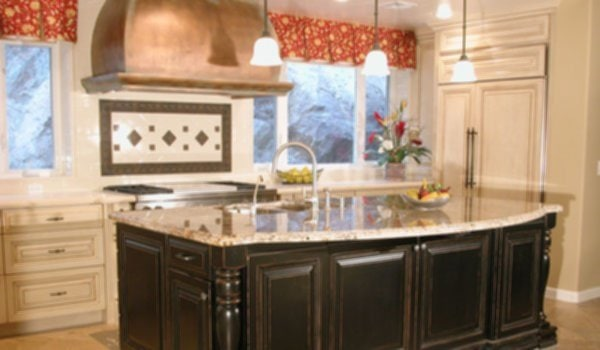 Traditional Country Kitchens With Islands