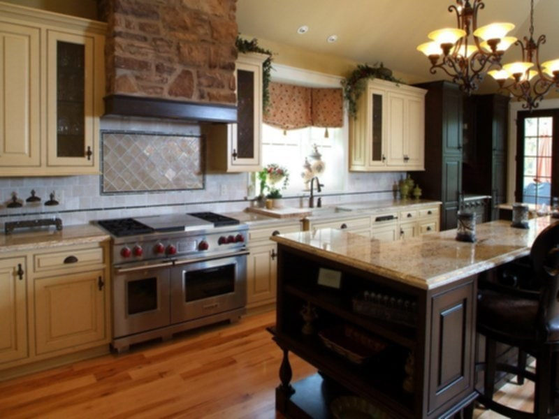 Kitchen Cabinet Paint Kit Casual Cream Country Kitchen How To Choose Kitchen Paint Colors
