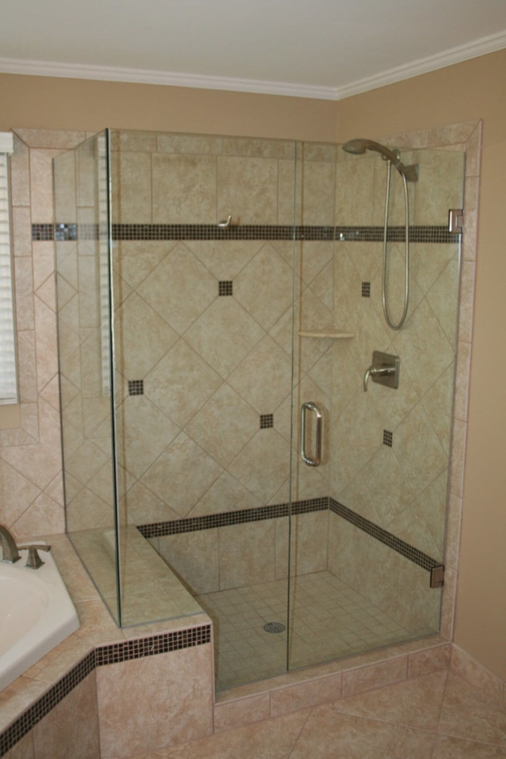 Dg 3 Shower Stalls For Small Bathrooms