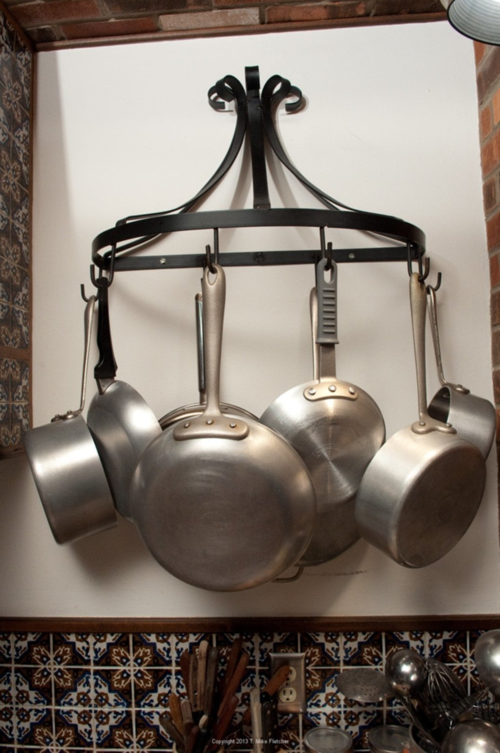 Store Food Equipment Perfect Wall Mounted Pot Rack