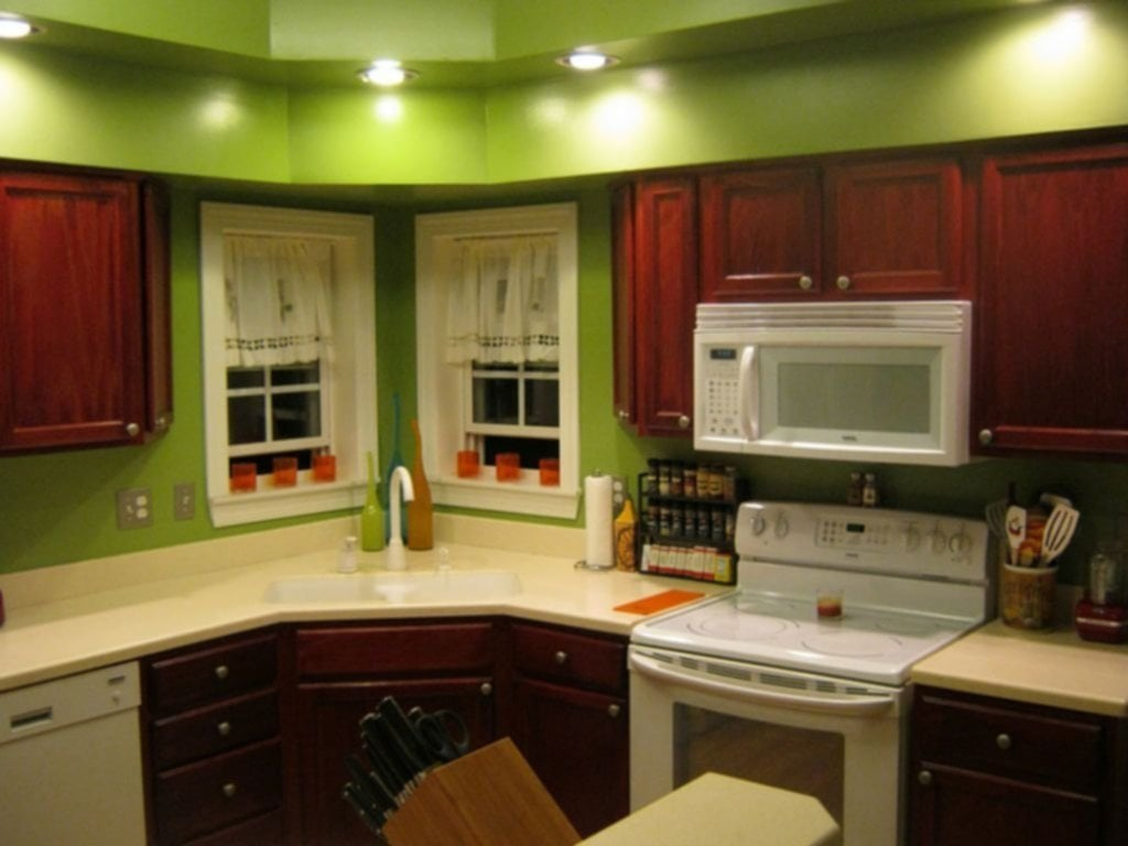 Green Kitchen Walls Oak Cabinets